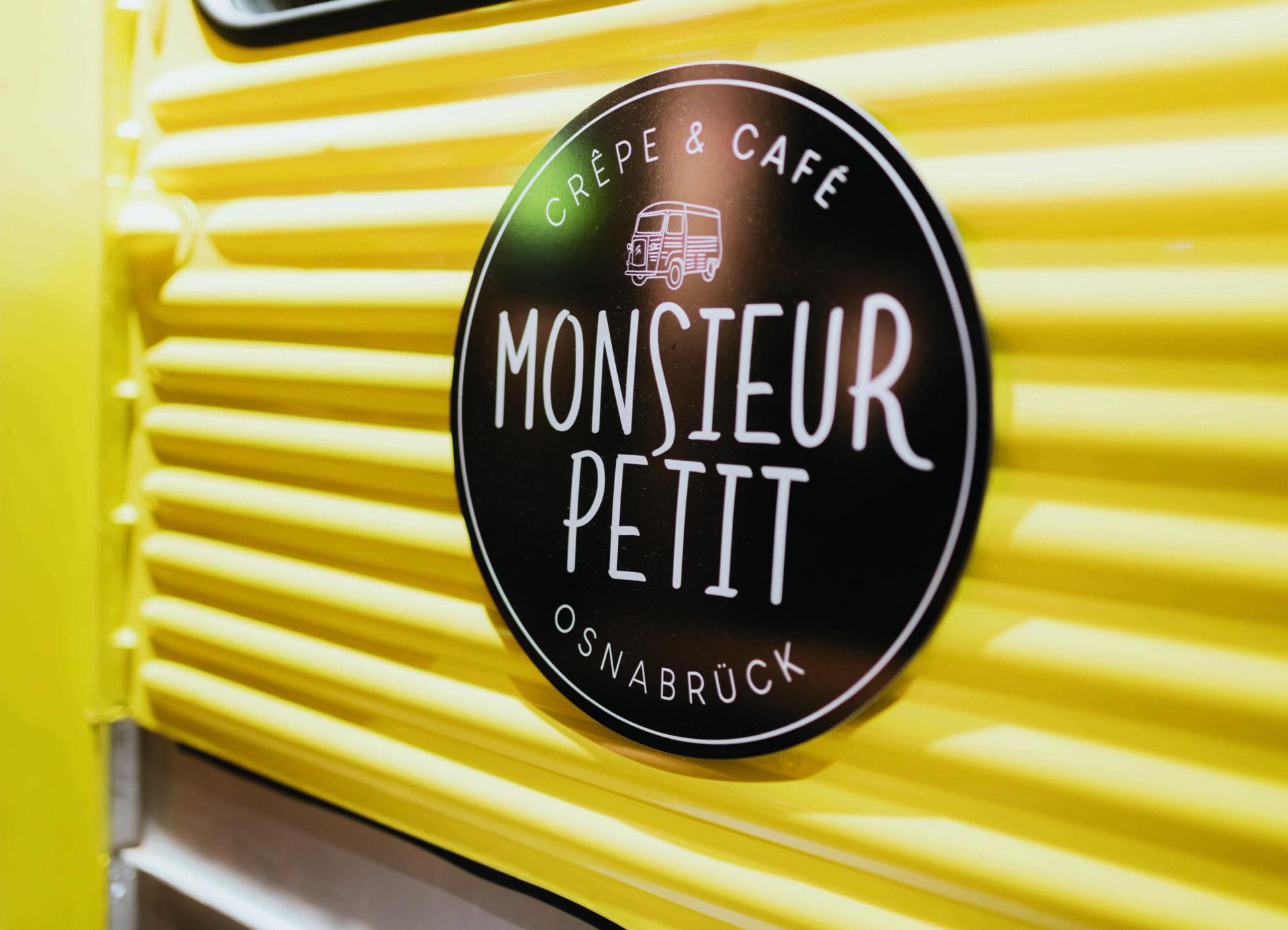 L&T | MONSIEUR PETIT